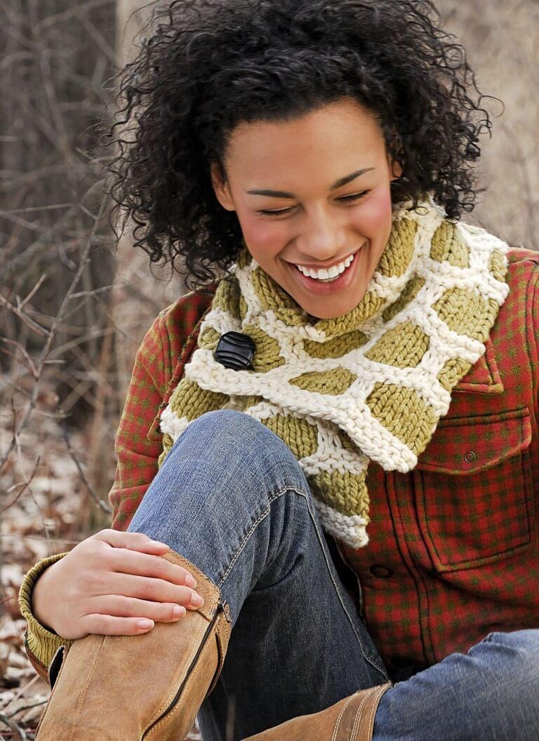 P_Classic_9202_BumbleUpScarf_S