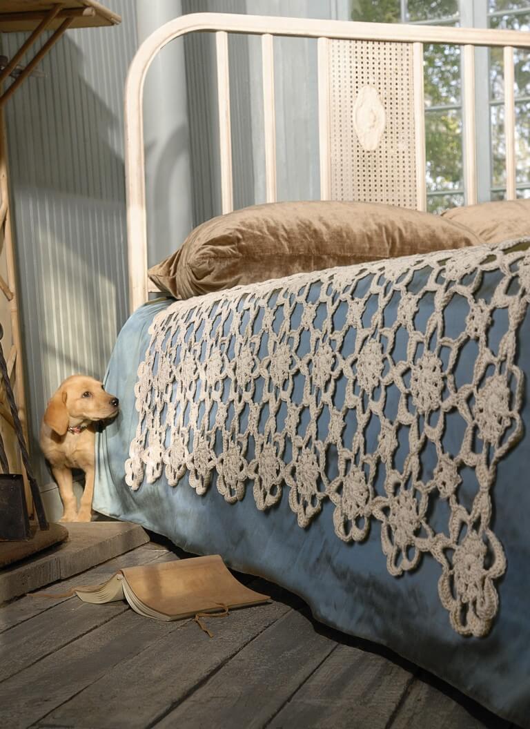 P_Classic_CRC_CrochetCoverlet_S