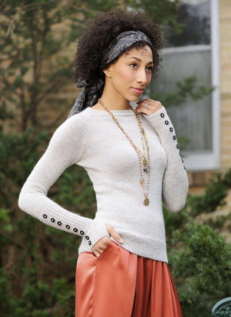 P_Classic_GWS_GirlWorldSweater_S