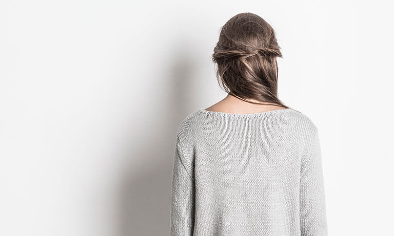 DroppedShoulderKnitSweater