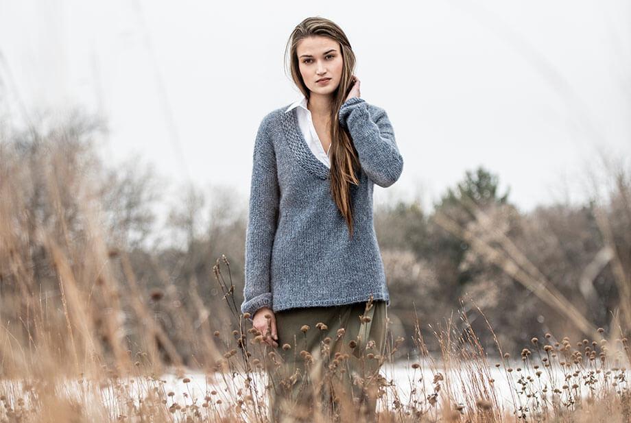 Knit-V-Neck-Pullover